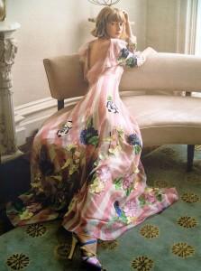 Vestdo de Blumarine reflejando las flores de Primavera y el color rosa