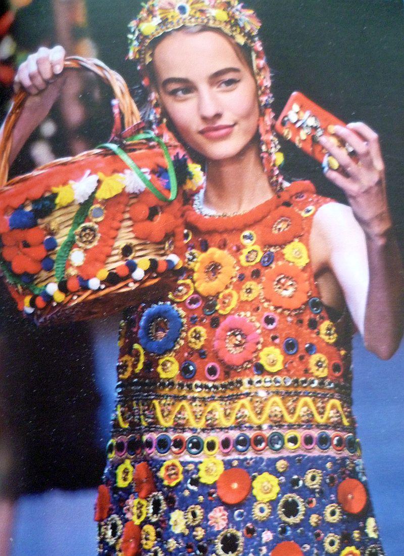La Primavera de Dolce & Gabbana viene cargada de color